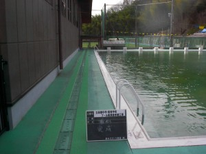 立命館中学校・高等学校プール側溝蓋修繕工事