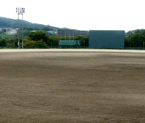 井手山グラウンド施工前