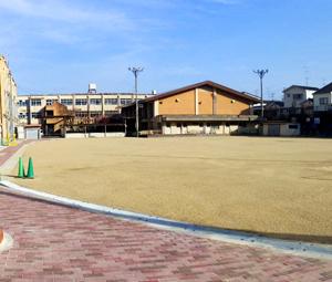 京都市立梅津小学校運動場