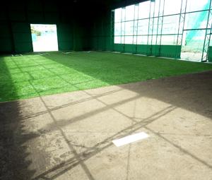 京都学園中学校・高等学校室内練習場