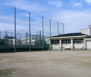 大阪市立十三中学校施工前